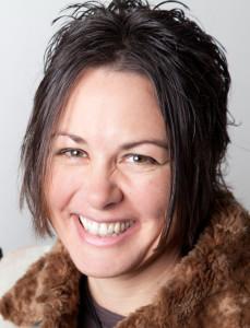 Headshot: Jane Mackay, Editor Janemac.net